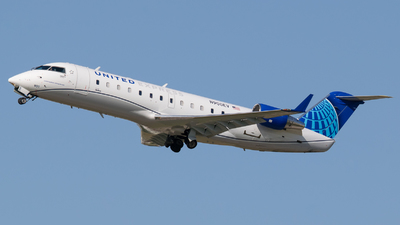 A picture of N900EV - Mitsubishi CRJ200LR - United Airlines - © Positive Rate Photography