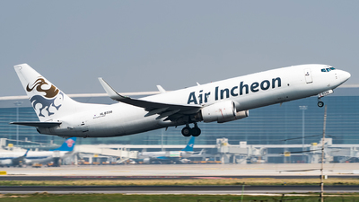 HL8338 - Boeing 737-86J(SF) - Air Incheon