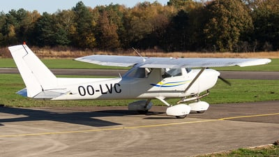 OO-LVC - Cessna 152 - Private