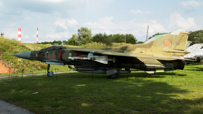 148 - Mikoyan-Gurevich MiG-23MF Flogger B - Poland - Air Force