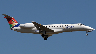 ZS-SNW - Embraer ERJ-135LR - South African Airlink