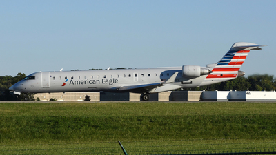 N750EV - Bombardier CRJ-701ER - American Eagle (SkyWest Airlines)