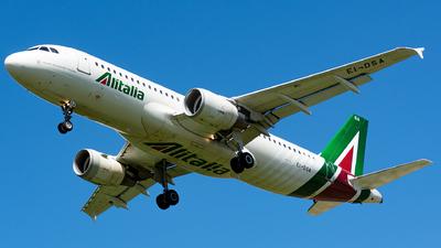 A picture of EIDSA - Airbus A320216 - Alitalia - © Marco Zanatta