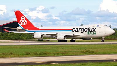 A picture of LXVCV - Boeing 7474R7(F) - Cargolux - © Robert Maverick Rivera