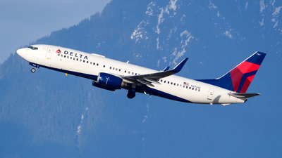 A picture of N3733Z - Boeing 737832 - Delta Air Lines - © Chung Kwok