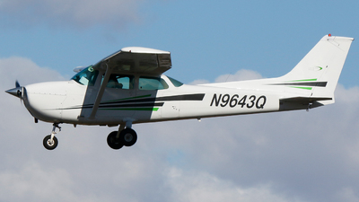 A picture of N9643Q - Cessna 172M Skyhawk - [17265727] - © Alec Mollenhauer