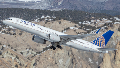 A picture of N13110 - Boeing 757224 - United Airlines - © GolferRyan