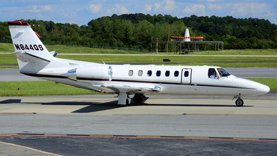A picture of N844QS - Cessna 560 Citation Encore - NetJets - © Agustin Anaya