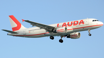 A picture of OELOS - Airbus A320214 - Laudamotion - © Henrik Hedde
