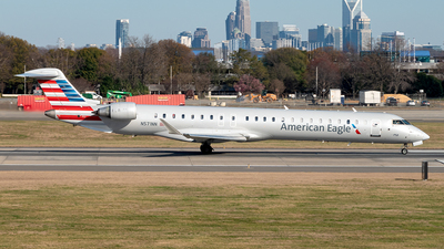 A picture of N571NN - Bombardier CRJ900LR - American Airlines - © Yan777