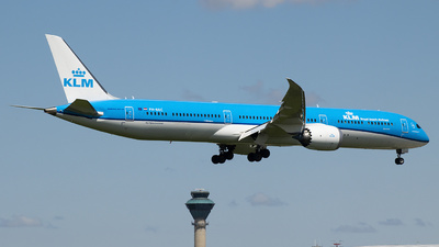 A picture of PHBKC - Boeing 78710 Dreamliner - KLM - © Philip Debski