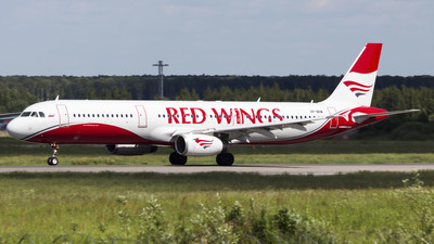 VP-BRM - Airbus A321-131 - Red Wings