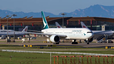 A picture of BKQV - Boeing 777367(ER) - Cathay Pacific - © yiran