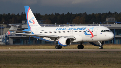 VQ-BDM - Airbus A320-214 - Ural Airlines