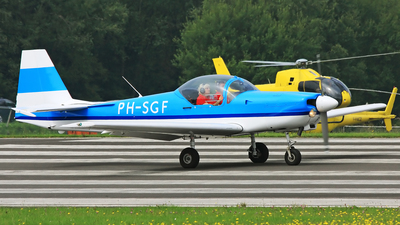 PH-SGF - Slingsby T67C Firefly - Private