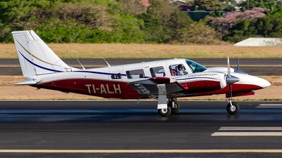 TI-ALH - Piper PA-34-200T Seneca II - CarmonAir