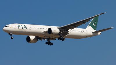 A picture of APBMS - Boeing 7773Q8(ER) - Pakistan International Airlines - © M. Umar Aziz