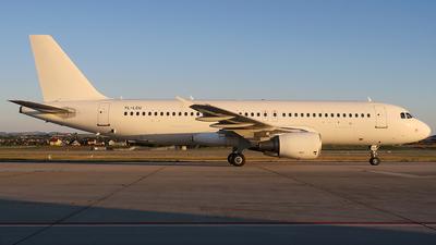 A picture of YLLCU - Airbus A320214 - SmartLynx - © Simon Reichert