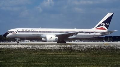 N627DL - Boeing 757-232 - Delta Air Lines
