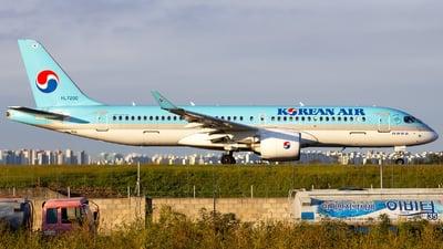 HL7200 - Airbus A220-371 - Korean Air