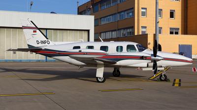 D-INFO - Piper PA-31T2 Cheyenne II XL - Private