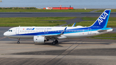 A picture of JA218A - Airbus A320271N - All Nippon Airways - © M Tanibata