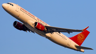 A picture of B8235 - Airbus A320214 - Juneyao Airlines - © Stefano R