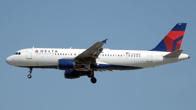 N353NW - Airbus A320-212 - Delta Air Lines