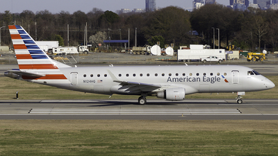 A picture of N124HQ - Embraer E175LR - American Airlines - © Thomas Morrison