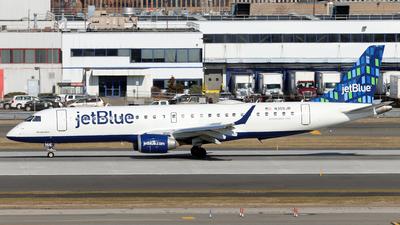 A picture of N355JB - Embraer E190AR - JetBlue Airways - © Juan Manuel Temoche - SPJC Spotter
