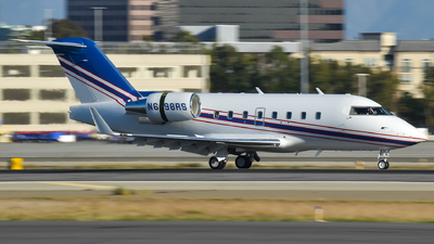 N698RS - Bombardier CL-600-2B16 Challenger 604 - Private