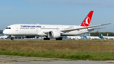 TC-LLH - Boeing 787-9 Dreamliner - Turkish Airlines