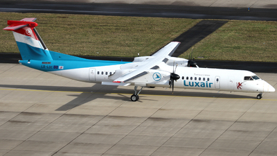 A picture of LXLQC - De Havilland Canada Dash 8400 - Luxair - © Y. Weidlich