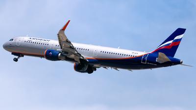A picture of VPBTK - Airbus A321211 - Aeroflot - © Fabrizio Spicuglia