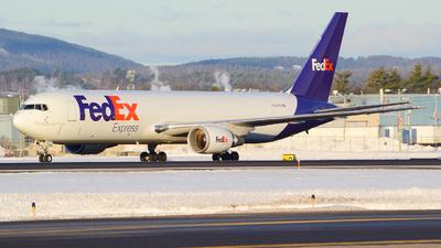 A picture of N183FE - Boeing 767300F(ER) - FedEx - © Jake Sevigny - kmht.jake
