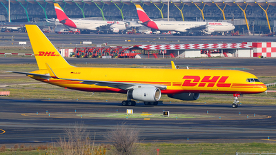 A picture of DALEU - Boeing 75723N(SF) - DHL - © Óscar López Herrero