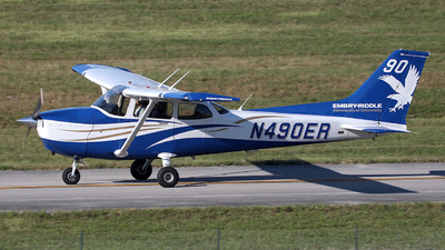 N490ER - Cessna 172S Skyhawk SP - Embry-Riddle Aeronautical University (ERAU)