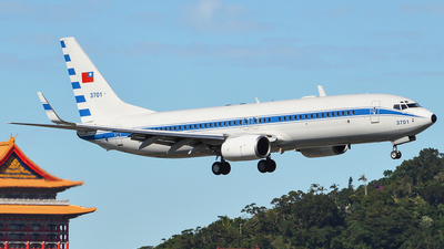 3701 - Boeing 737-8AR - Taiwan - Air Force