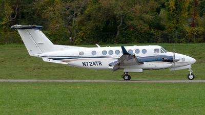 N724TR - Beechcraft B300 King Air 350 - Private