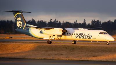 A picture of N450QX - De Havilland Canada Dash 8400 - Alaska Airlines - © Michael Rodeback