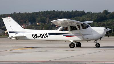 A picture of OKOLV - Cessna 172S Skywawk SP - [172S8971] - © Łukasz Stawiarz