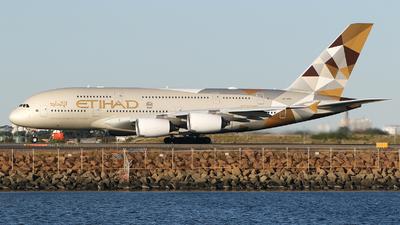 A6-APB - Airbus A380-861 - Etihad Airways
