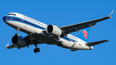 A picture of B8672 - Airbus A320271N - China Southern Airlines - © Predic. LXY!