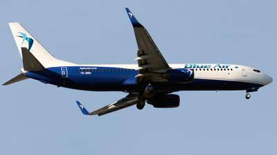 YR-BMQ - Boeing 737-8FH - Blue Air