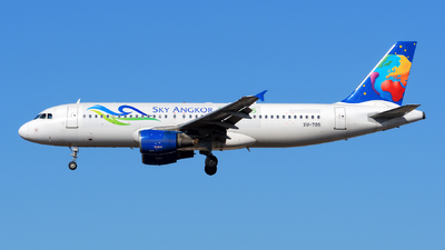 A picture of XU709 - Airbus A320214 - [0914] - © sunshy0621