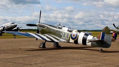 G-LFIX - Supermarine Spitfire Mk IX/T - Private