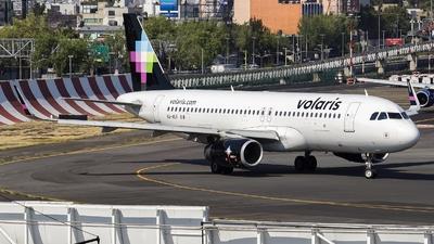 XA-VLR - Airbus A320-233 - Volaris