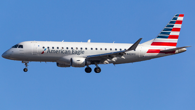 N429YX - Embraer 170-200LR - American Eagle (Republic Airways)