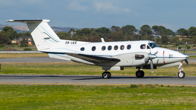 VH-LKR - Beechcraft 200 Super King Air - Private