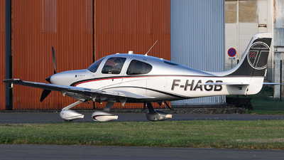 F-HAGB - Cirrus SR22T-GTS - Private